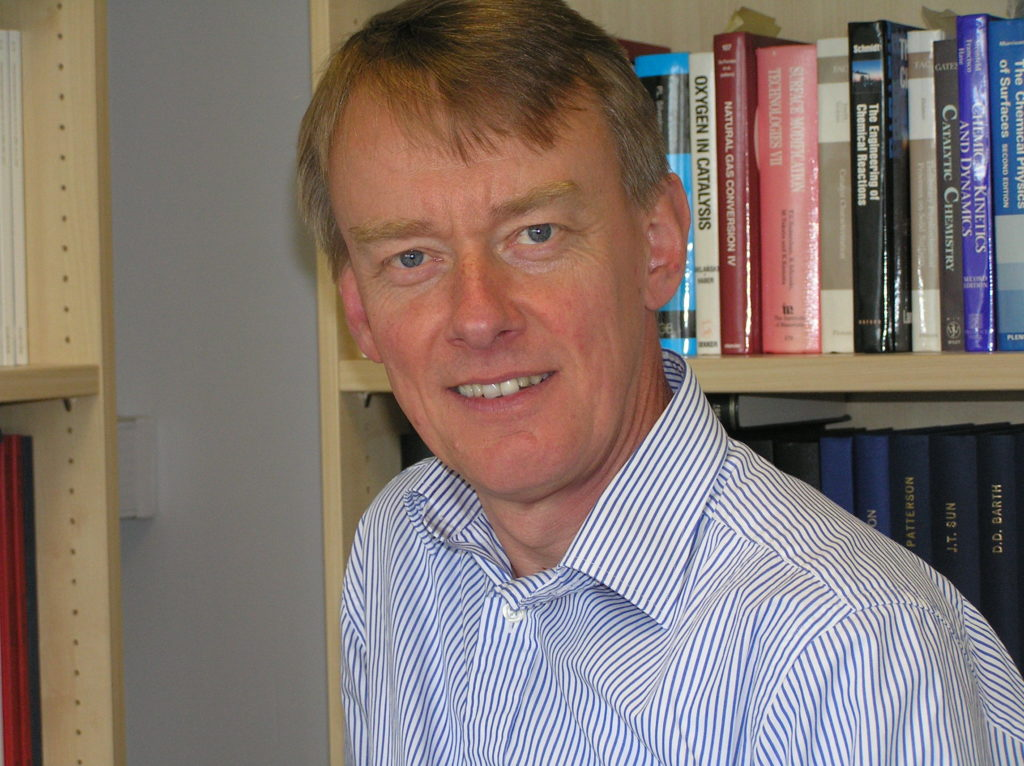 Ian S Metcalfe's research is in the area of the thermodynamics of chemical conversion with an emphasis on energy processes.